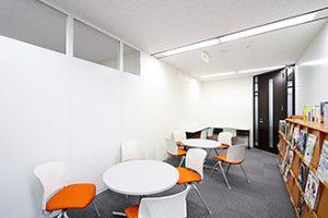 オフィス施工事例 パーテーション リフレッシュルーム